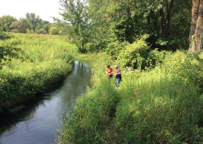 Snapshot Day Volunteers Near Stream 2017